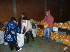 36308886_872602782948658_2692968323070558208_n-1-300x225 Mais uma distribuição de alimentos do Programa de Aquisição de Alimentos (PAA)