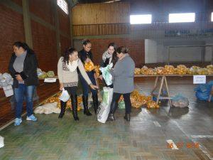 36325332_872603482948588_1341119983605776384_n-1-300x225 Mais uma distribuição de alimentos do Programa de Aquisição de Alimentos (PAA)