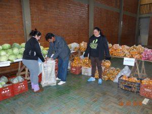 40137864_380036019198899_8859502295868506112_n-300x225 Mais uma entrega de alimentos pelo Programa de Aquisição de Alimentos-PAA